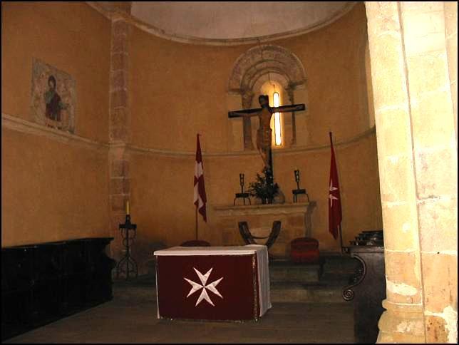Conoced algo de Castilla la Vieja y Nueva. Iglesiadelaveracruzabsidecentral02