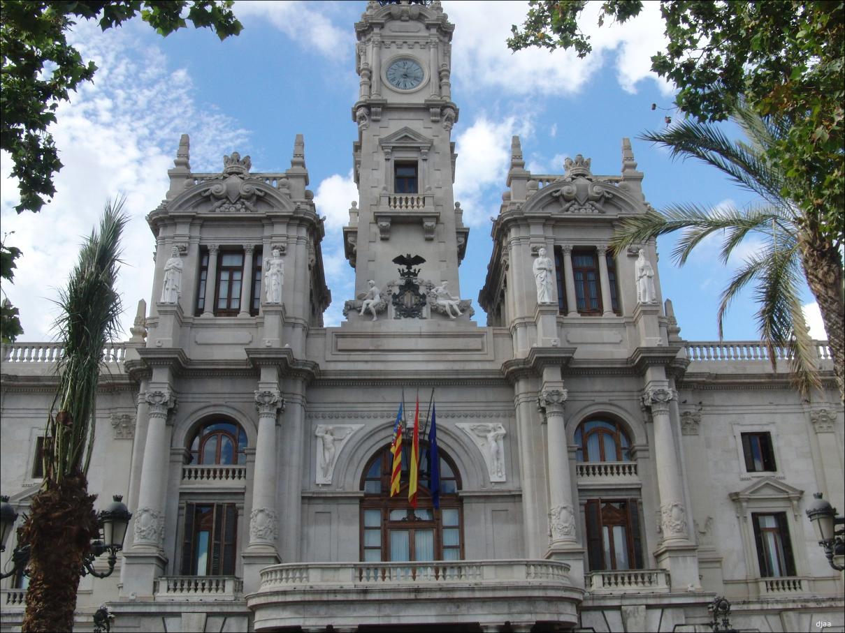 Ayuntamiento de valencia for Ayuntamiento de villel de mesa