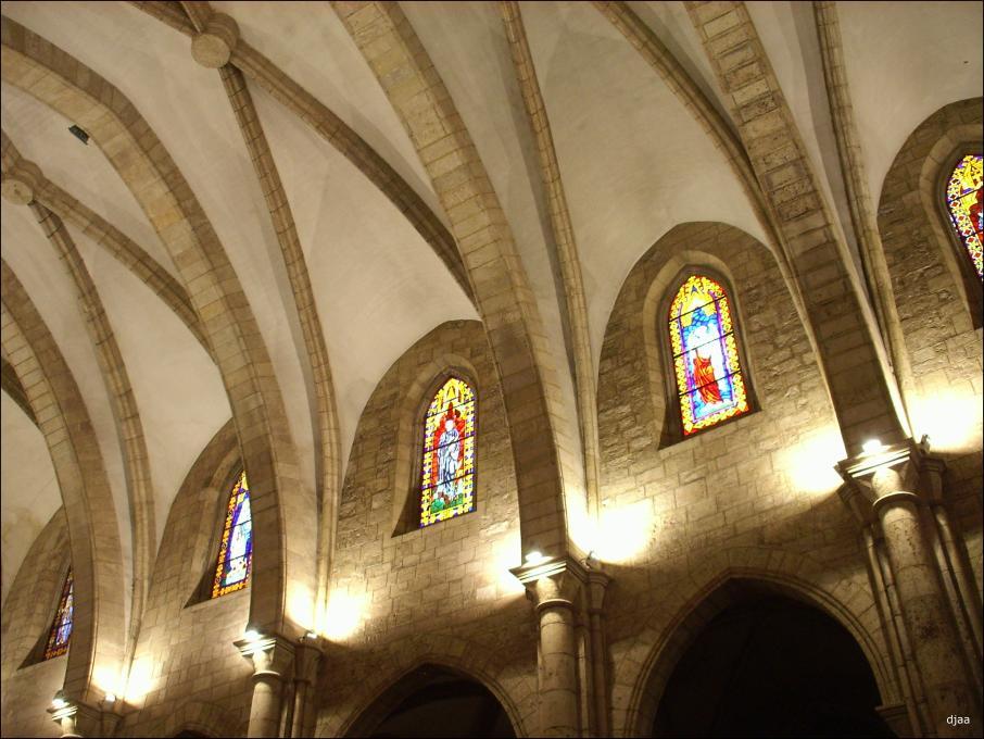 Iluminacion interior de iglesias
