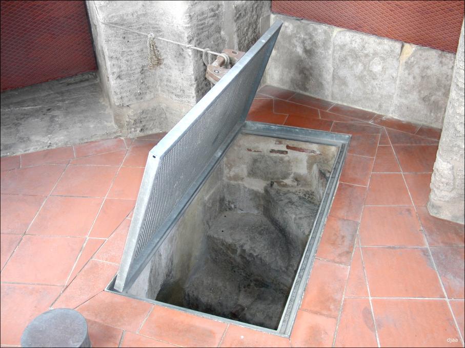 Iglesia de santa catalina martir - Escaleras para sotanos ...