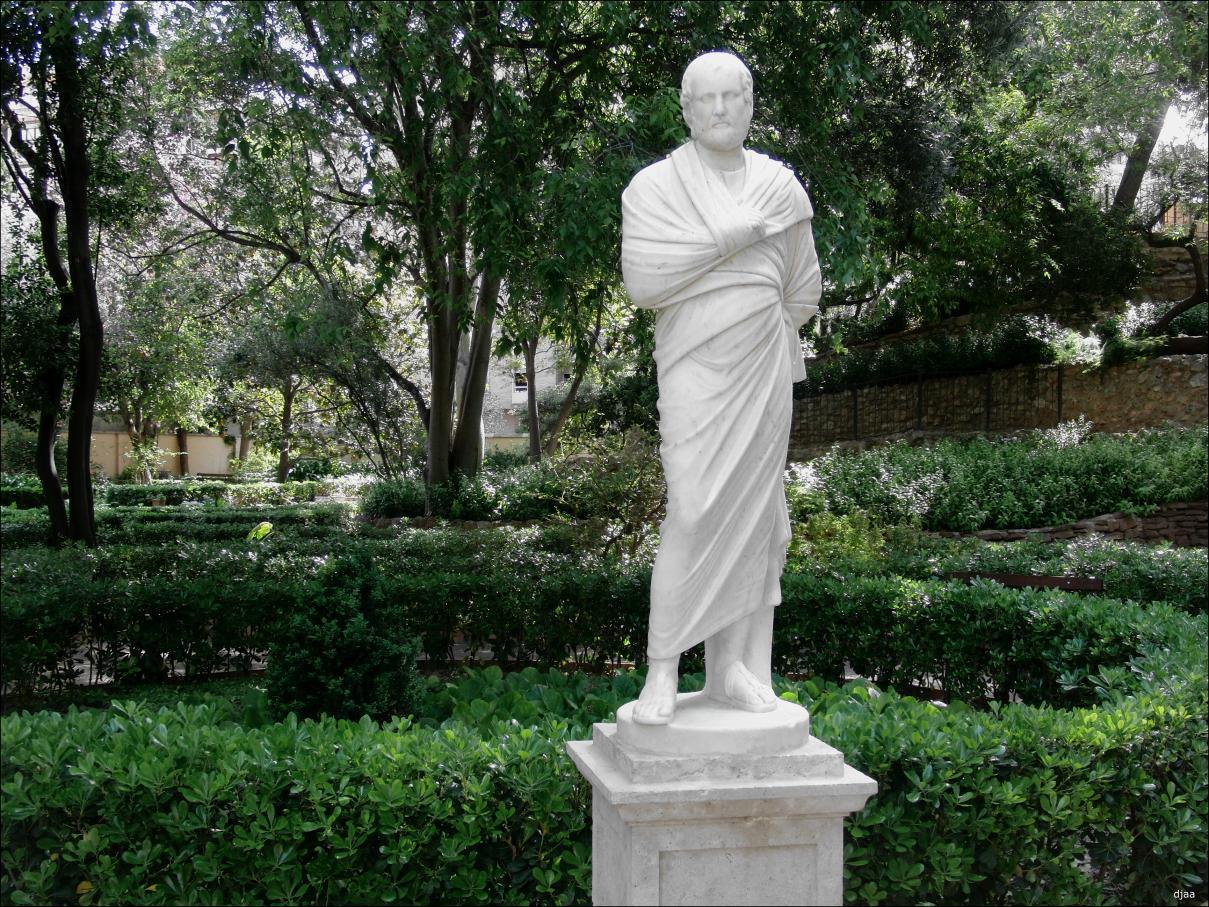 Estatuas de jardin esculturas y figuras para jardines with estatuas de jardin simple estatua - Estatuas de jardin ...
