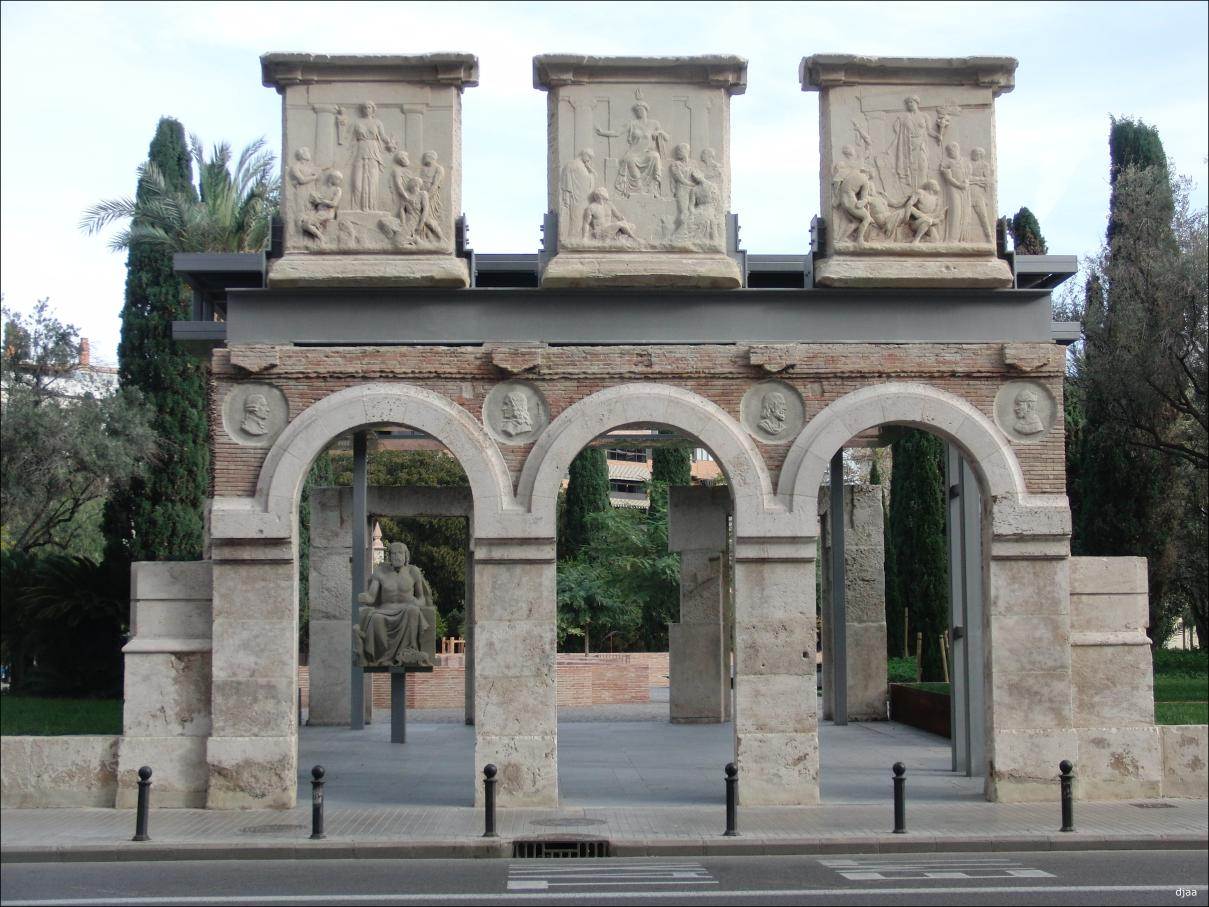 Jardines jardin arqueologico - Entradas de jardines ...